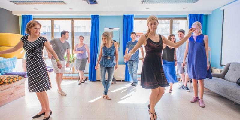 Lezioni di tango a scuola
